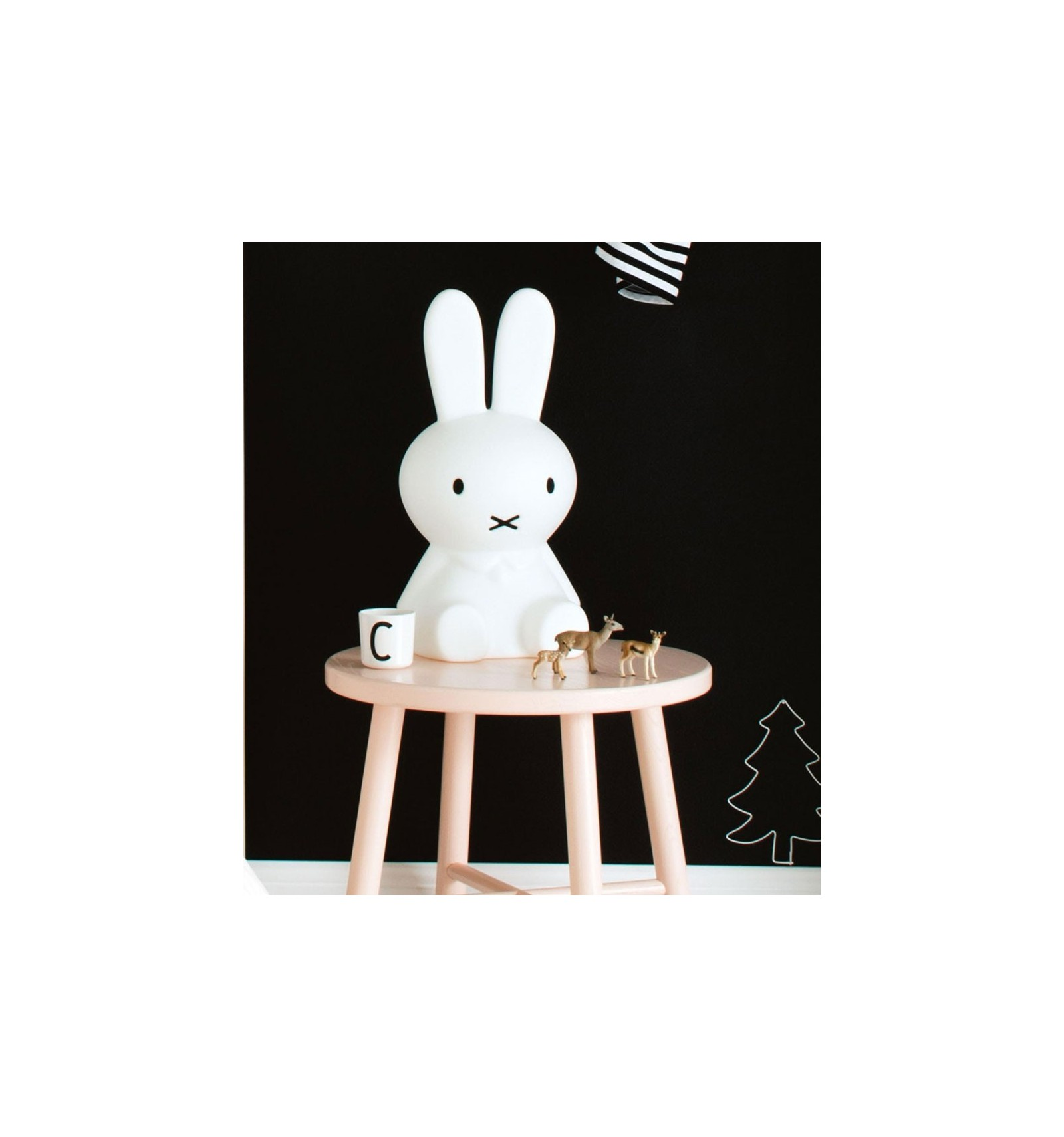 veilleuse lapin miffy une belle lampe. Black Bedroom Furniture Sets. Home Design Ideas